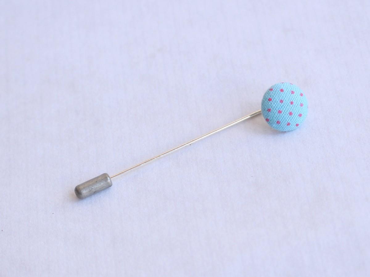 """Pincho """"botón tela"""" azul..."""