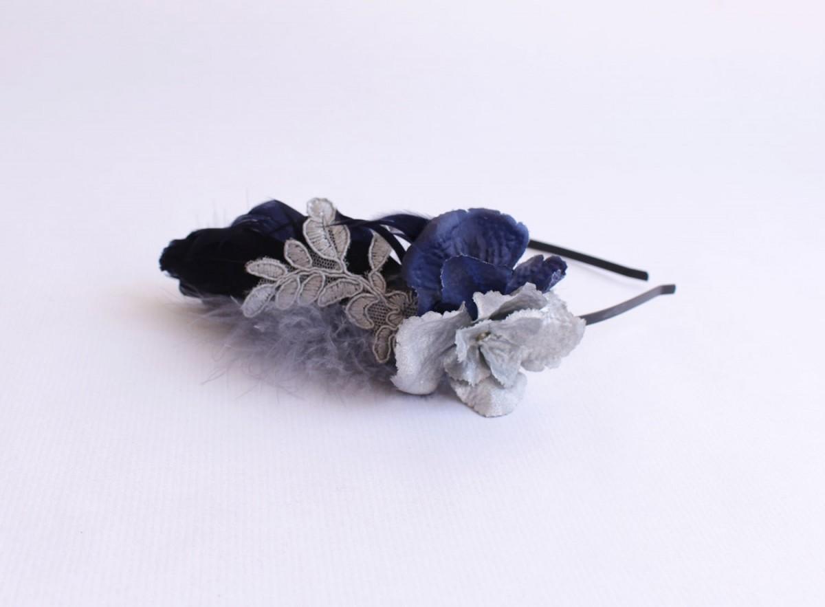 Tocado tonos azules y grises