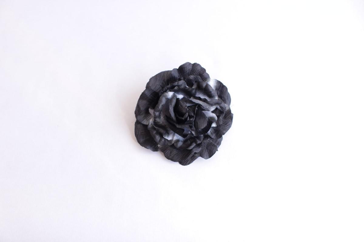 Broche maxi flor negro...